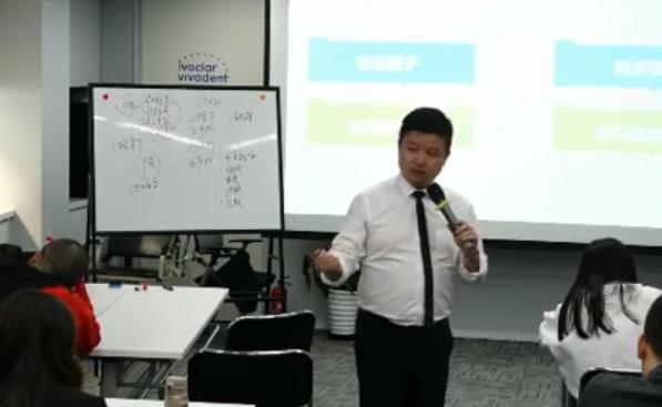 """曹甄俊""""怯场化解及压力分"""
